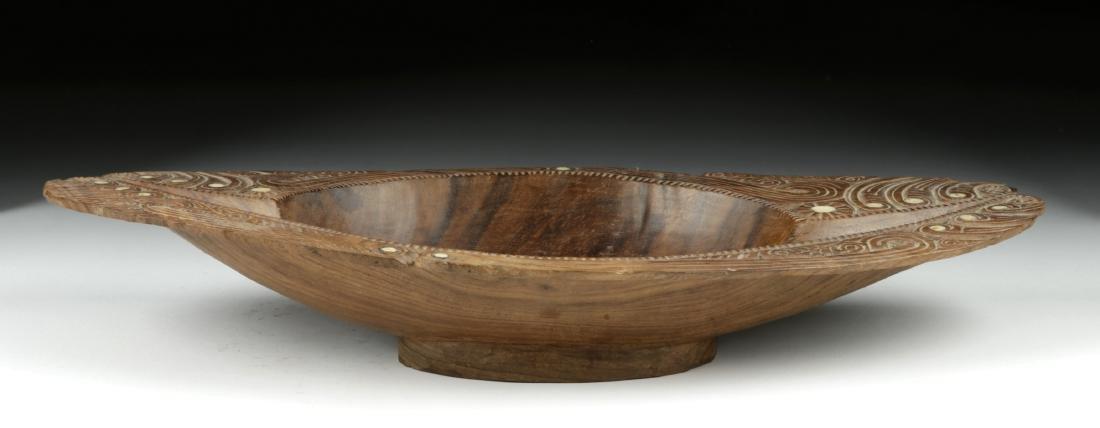 20th C. Maori Wood Bowl with Abalone Inlays - 5