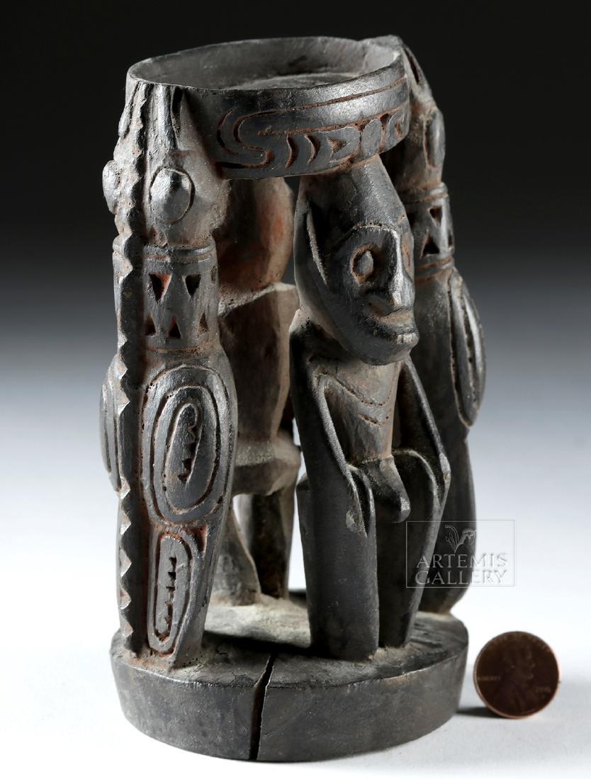 Mid-20th C. Papua New Guinea Wood Betel Nut Mortar - 2