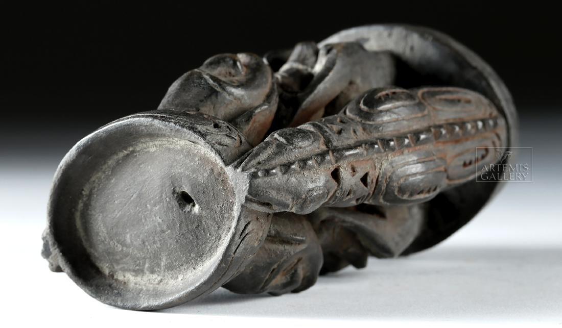 Mid-20th C. Papua New Guinea Wood Betel Nut Mortar - 5