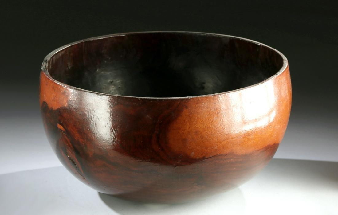 Gorgeous 19th C. Hawaiian Kou Wood Calabash / Bowl