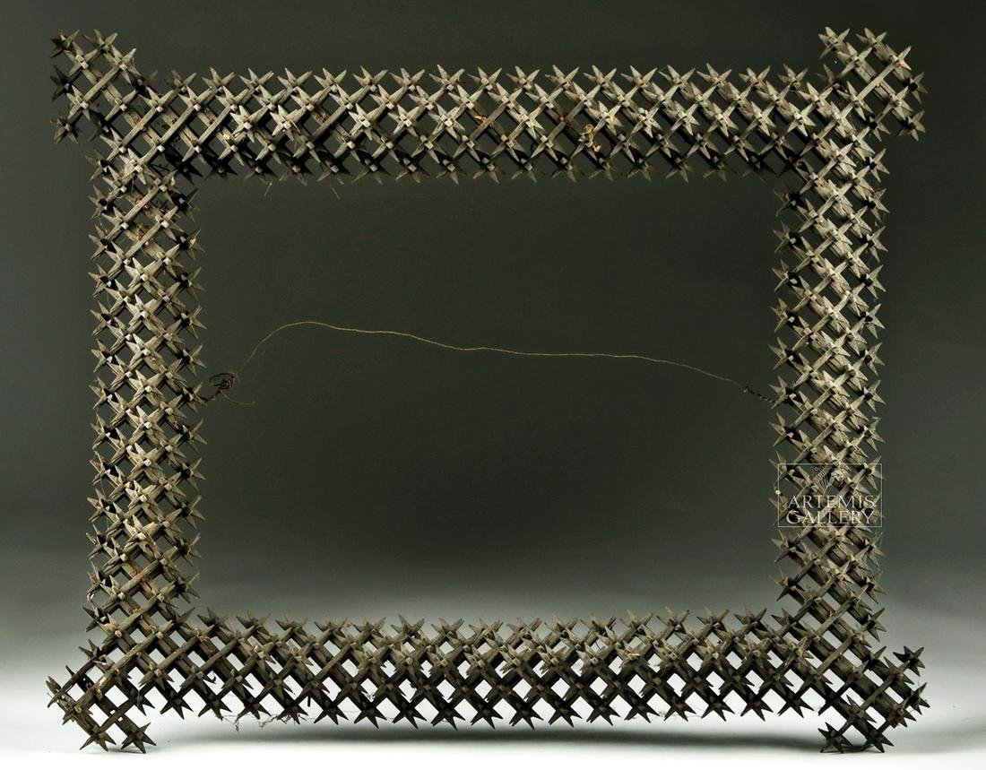 20th C. American Wood Tramp Art Frame -Crown of Thorns