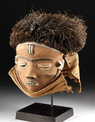 Early 20th C. African Pende Wood & Plant Fiber Mask