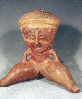 Pre-Columbian Chinesco Protoclassic Female Figure
