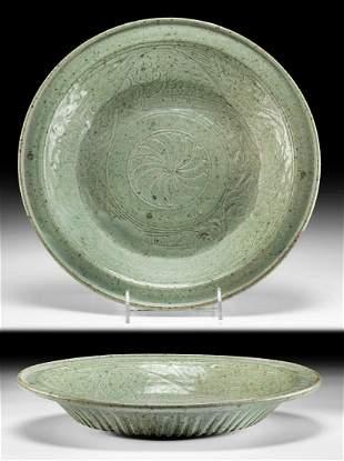 15th C. Thai Pottery Bowl w/ Fish Motif, ex-Museum
