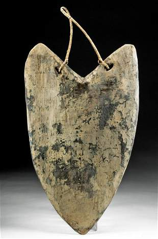 Early 20th C. Papua New Guinea Madang Wood Shield