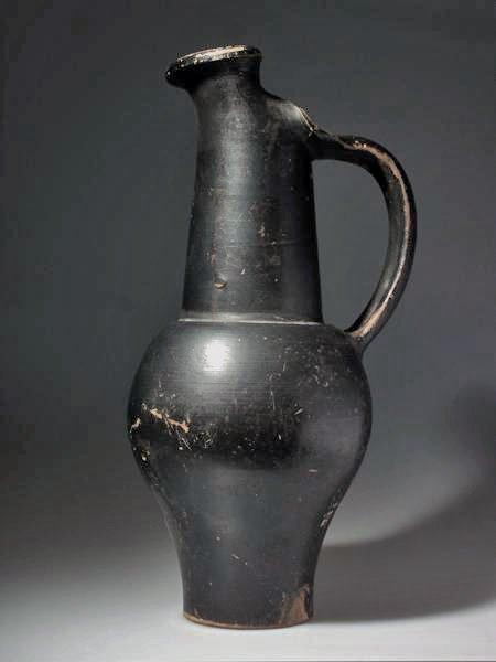 76: An Etruscan Beaked Oinochoe
