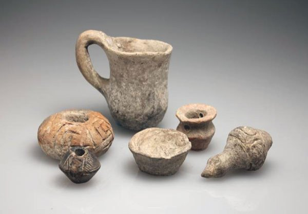 150: A Group of Six Ancient Objects