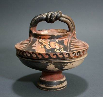 106: A Greek Apulian Lidded Lekanis - Herakles Knots