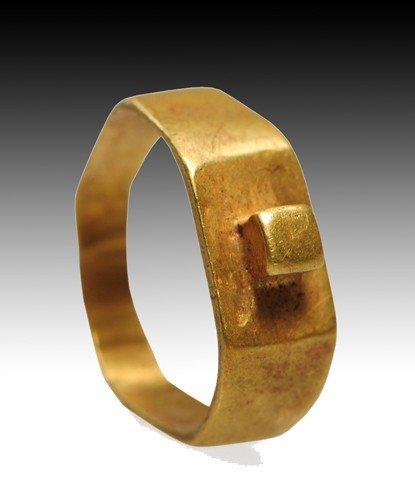 138: A Roman Gold Finger Ring