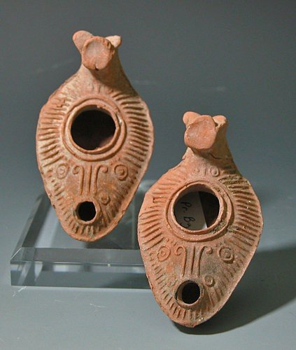 194: Pair of Late Roman / Byzantine Oil Lamps