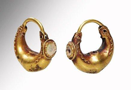 52: A Pair of Greek Gold Earrings