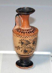 66: A Greek Attic Black Figure Lekythos
