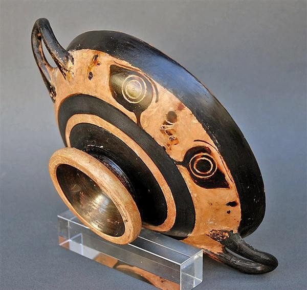 67: A Greek Attic Black Figure Eye Kylix