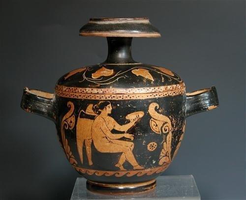 72A: A Greek Sicilian Skyphoid Pyxis, Magna Graecia