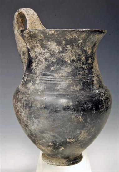 20: An Etruscan Bucchero Ware Olpe