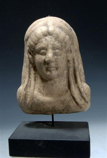 24: A Western Greek Pottery Protome Maskette