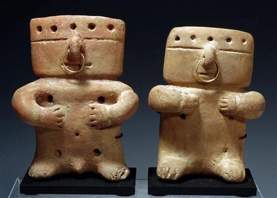 147: A Quimbaya Miniature Retablo Seated Couple
