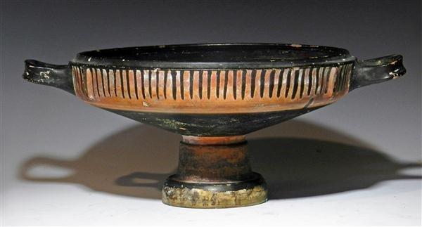 30B: A Greek Pottery Lekanis Base