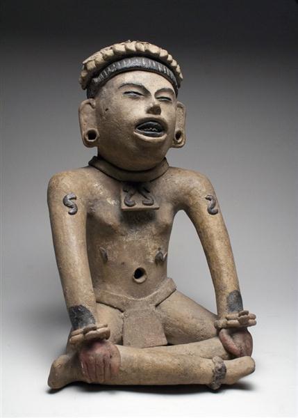 44: A Veracruz Seated Figure, ex-Denver Art Museum