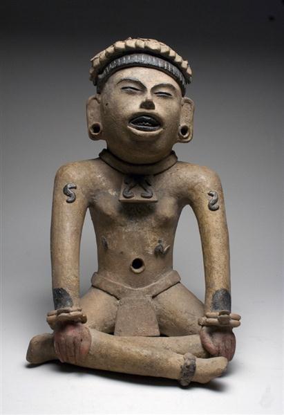 44: A Veracruz Seated Figure, ex-Denver Art Museum - 2