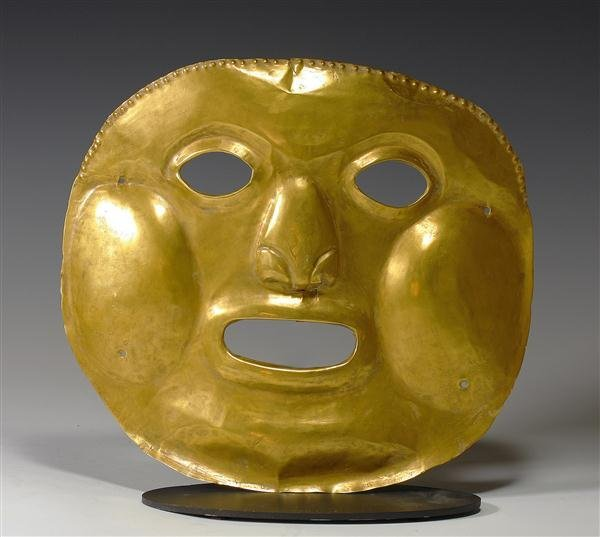 35A: An Important Calima High Karat Gold Mask, 192.8g
