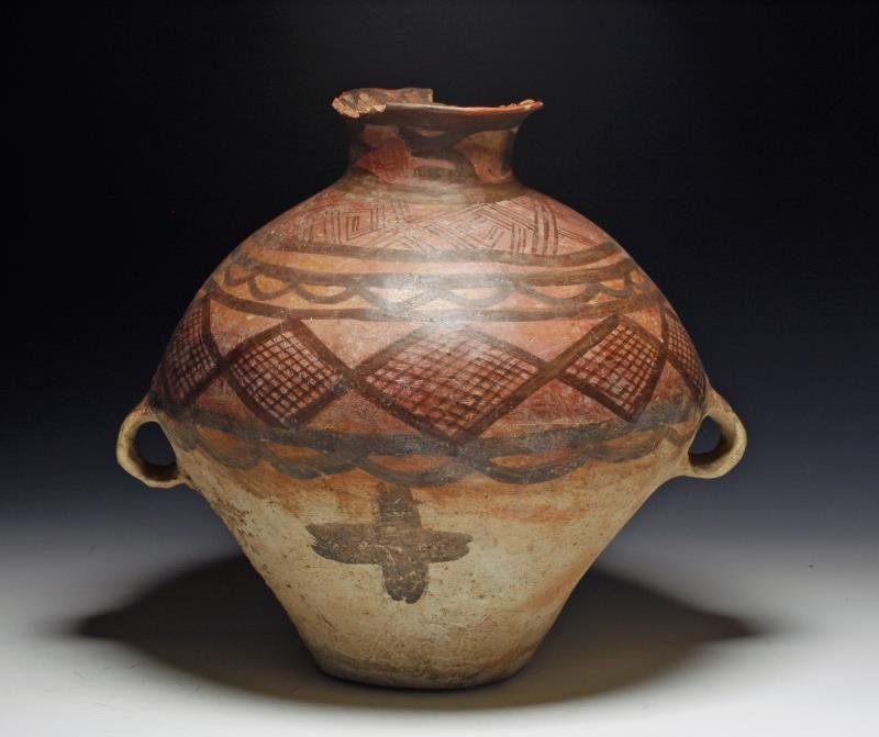Neolithic Chinese Terracotta Amphora