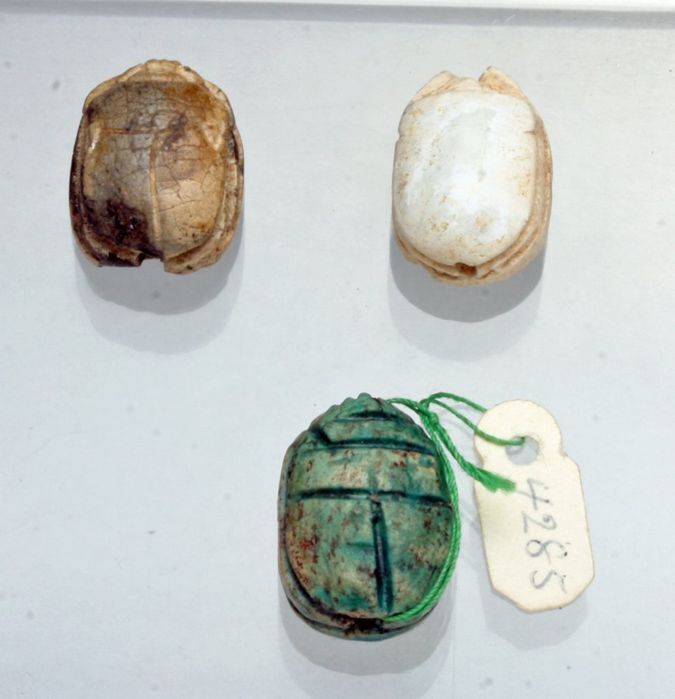 Lot of 3 Egyptian Scarabs, Ex-Mitry - 2