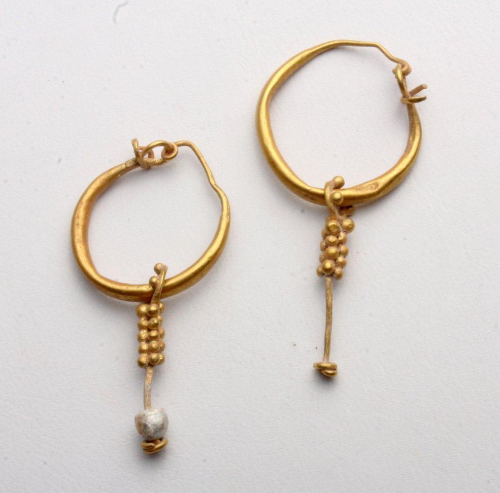 Pr Roman Gold Earrings - Grape Clusters
