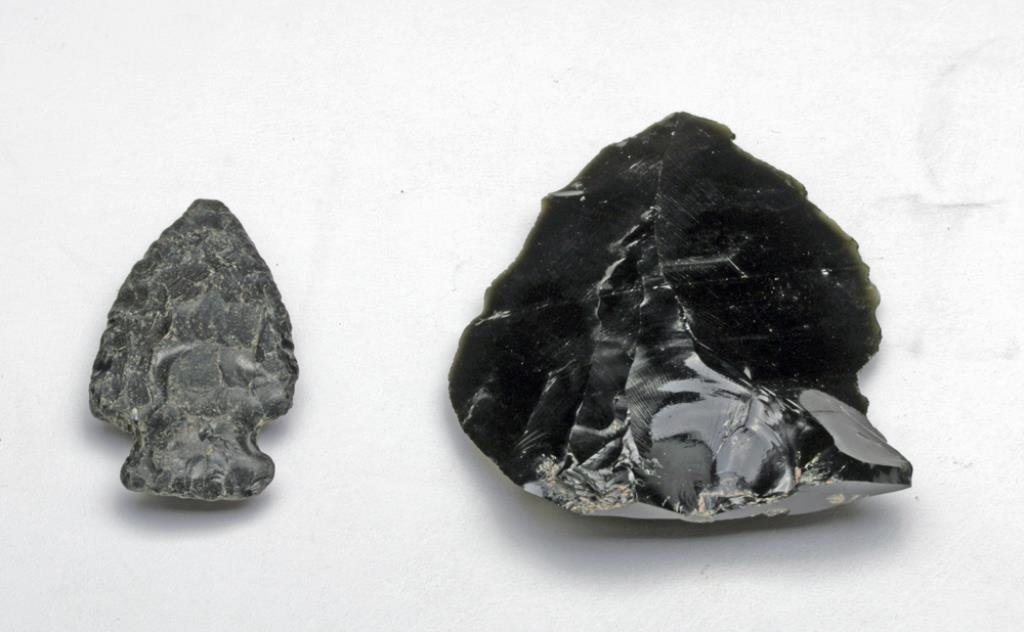 Black Obsidian Arrowhead and Scraper - 4