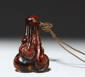 19th C. Chinese Amber Pendant - Cluster Of Mushrooms
