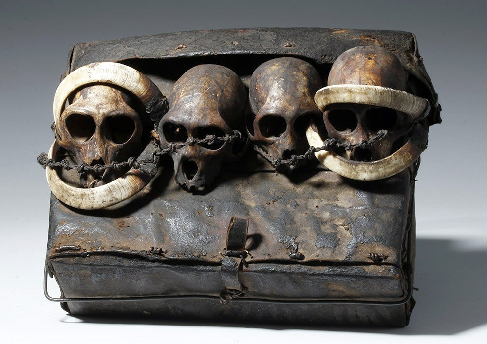 19th C. Naga Leather Headhunter's Bag w/ Monkey Skulls - 2