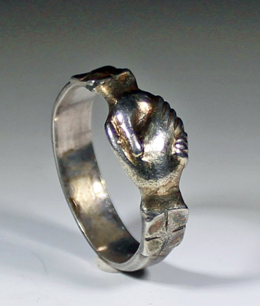 Fine 14th Century, Medieval Silver Gilt Fede Ring