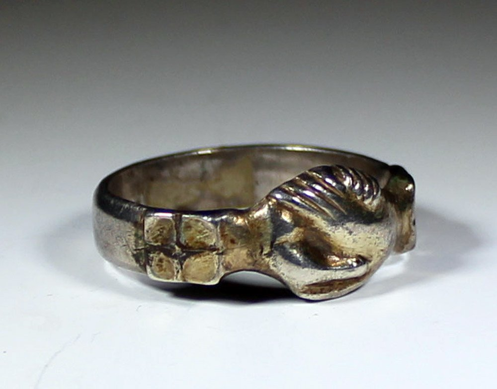 Fine 14th Century, Medieval Silver Gilt Fede Ring - 2