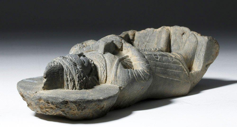 Important  Gandharan Schist Statue of Kanishka - 7