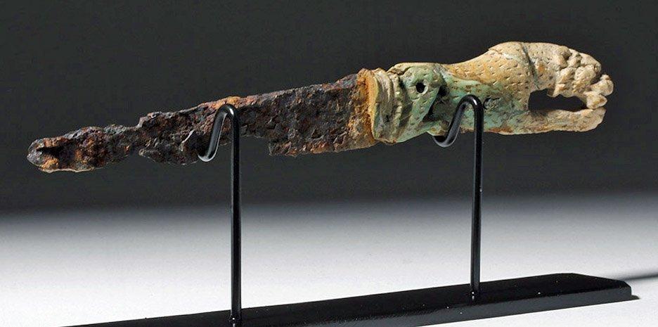 Rare Roman Bronze and Bone Folding Knife Lion Handle - 6