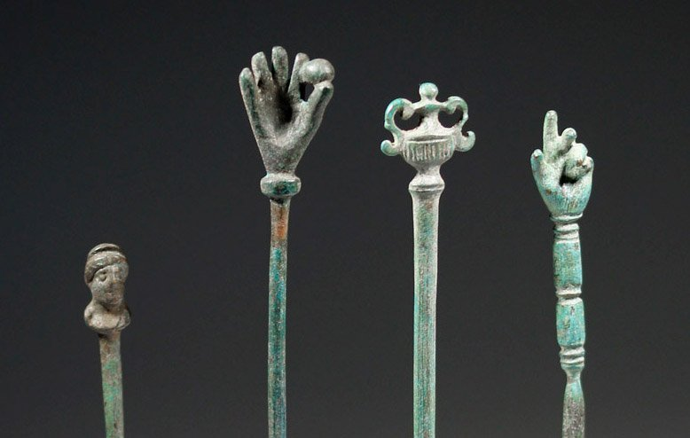 Four Roman Bronze Pins - Decorated Heads - 2
