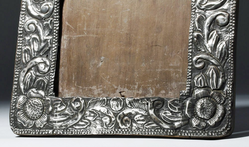 Gorgeous 19th C. New Mexican Silver Frame - 4