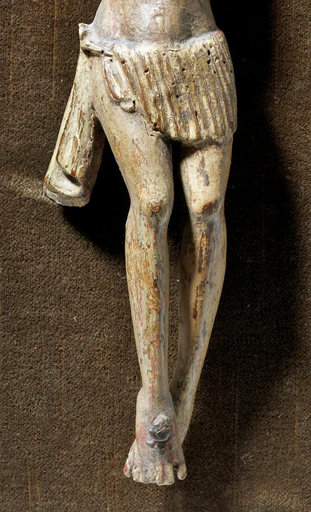 17th C. Spanish Wood Depiction of Crucified Christ - 4