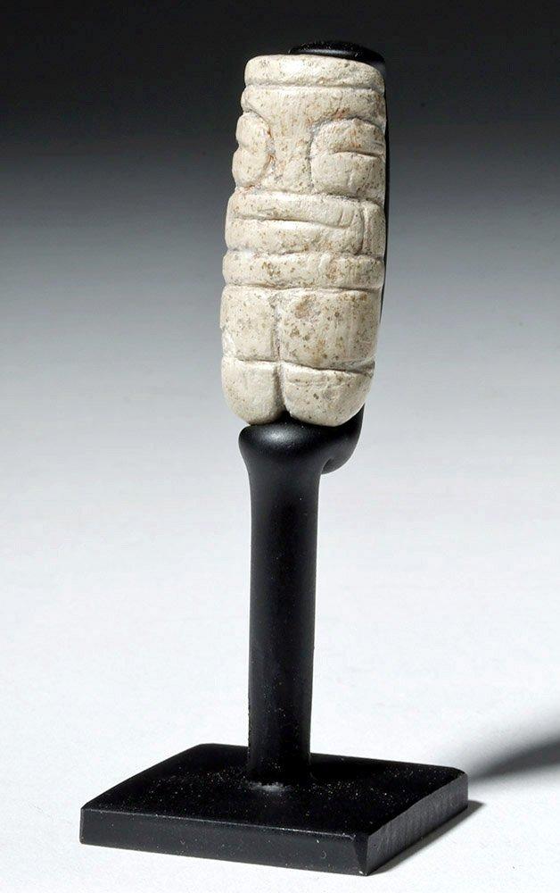 Rare & Fine Valdivian White Stone Venus Figure - 5