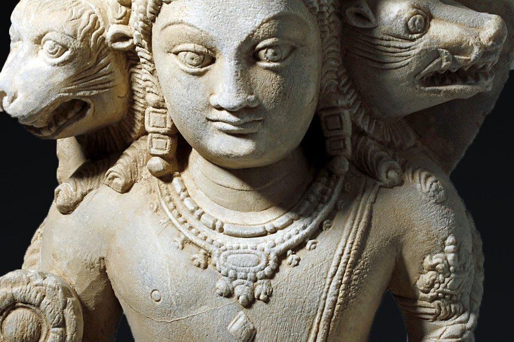 Important 4th C. Indian Marble Statue of Vishnu - 10
