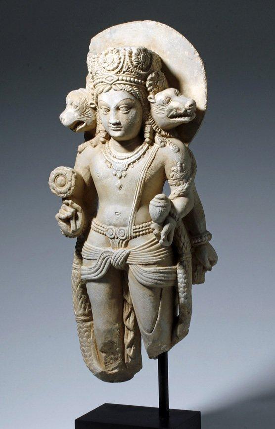 Important 4th C. Indian Marble Statue of Vishnu - 2