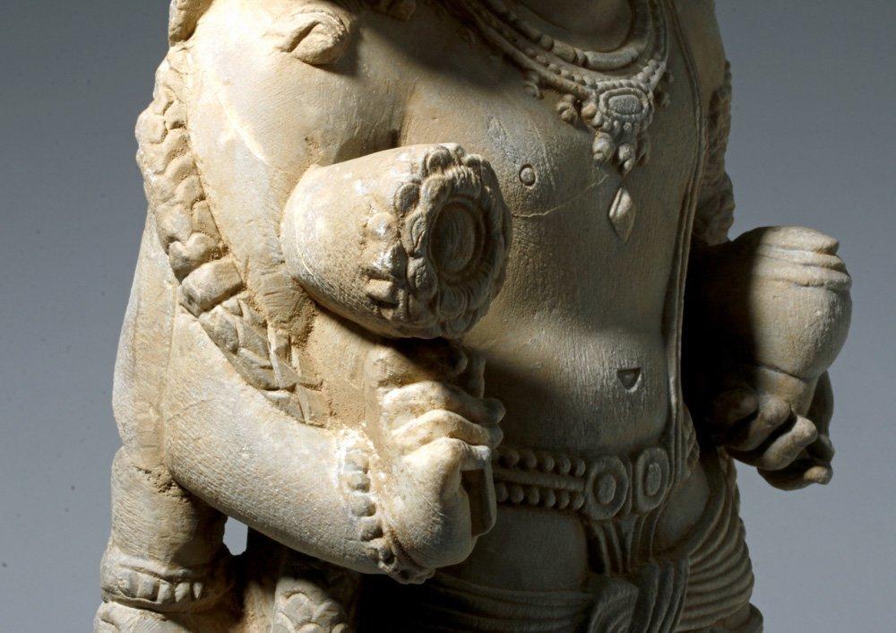 Important 4th C. Indian Marble Statue of Vishnu - 7