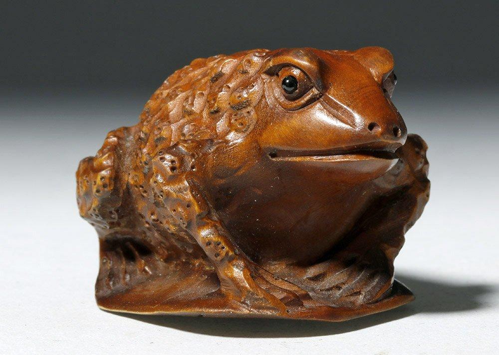 Japanese Meiji Period Boxwood Netsuke - Frog