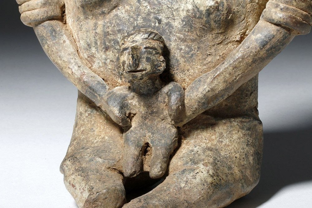 Adorable Nayarit Pottery Seated Mother & Child - 6