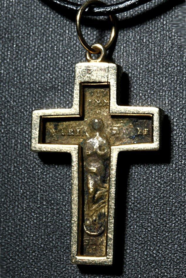 16th C. European Bronze Crucifix / 14K Gold Pendant - 2