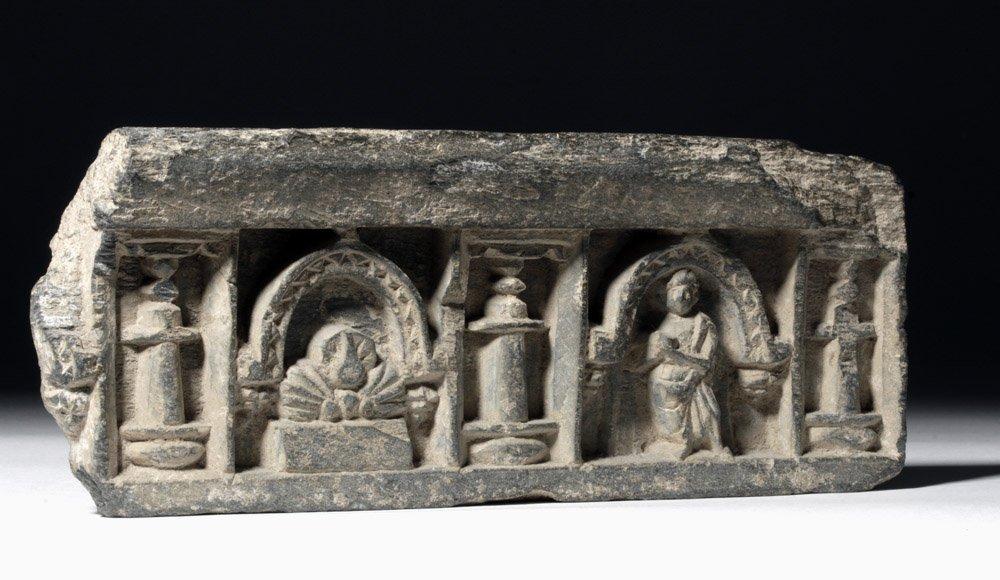 Very Fine Gandharan Schist Panel - Standing Buddha - 4