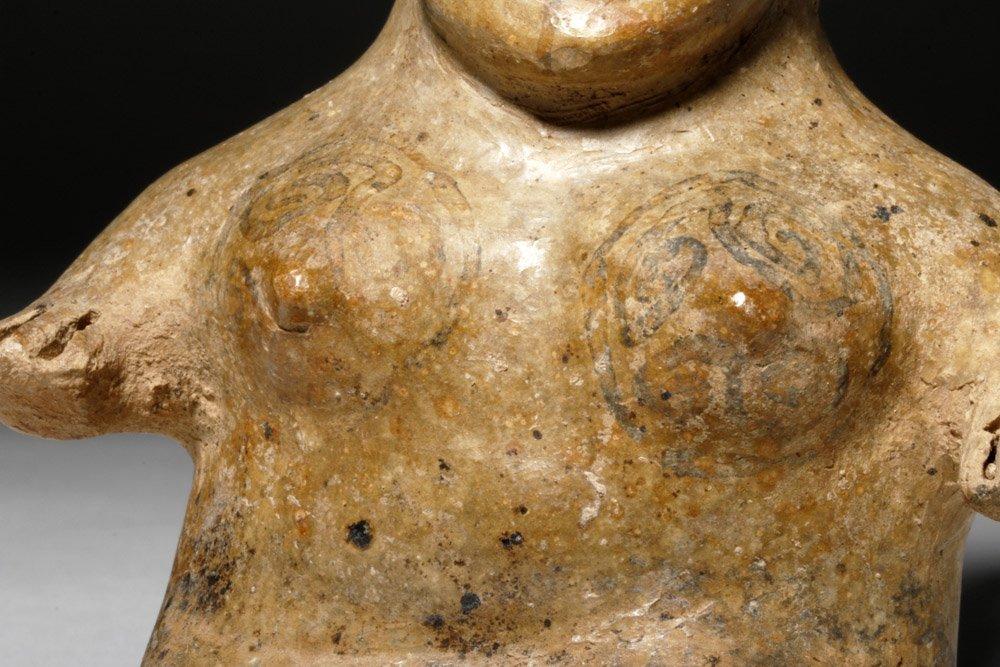 Fine Jalisco Ameca Gray Pottery Seated Female - 6