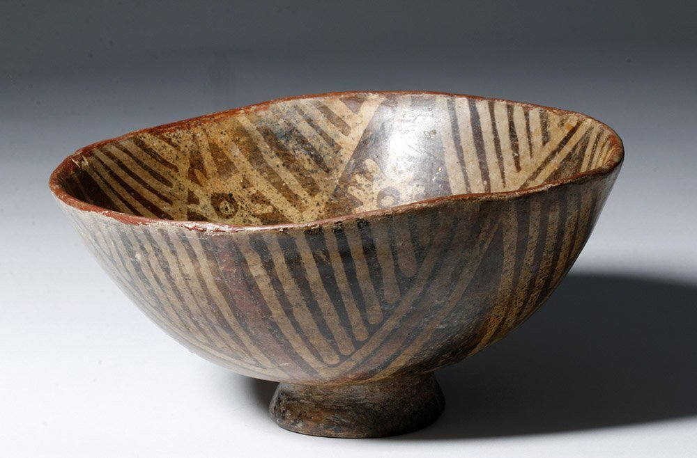 Fine Narino Pottery Footed Bowl - 3