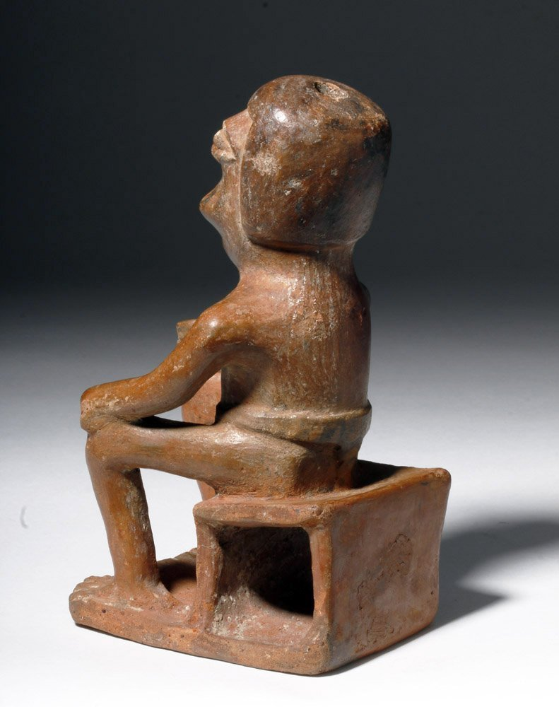 """Narino Seated """"Coquero"""" Holding a Cup - 2"""