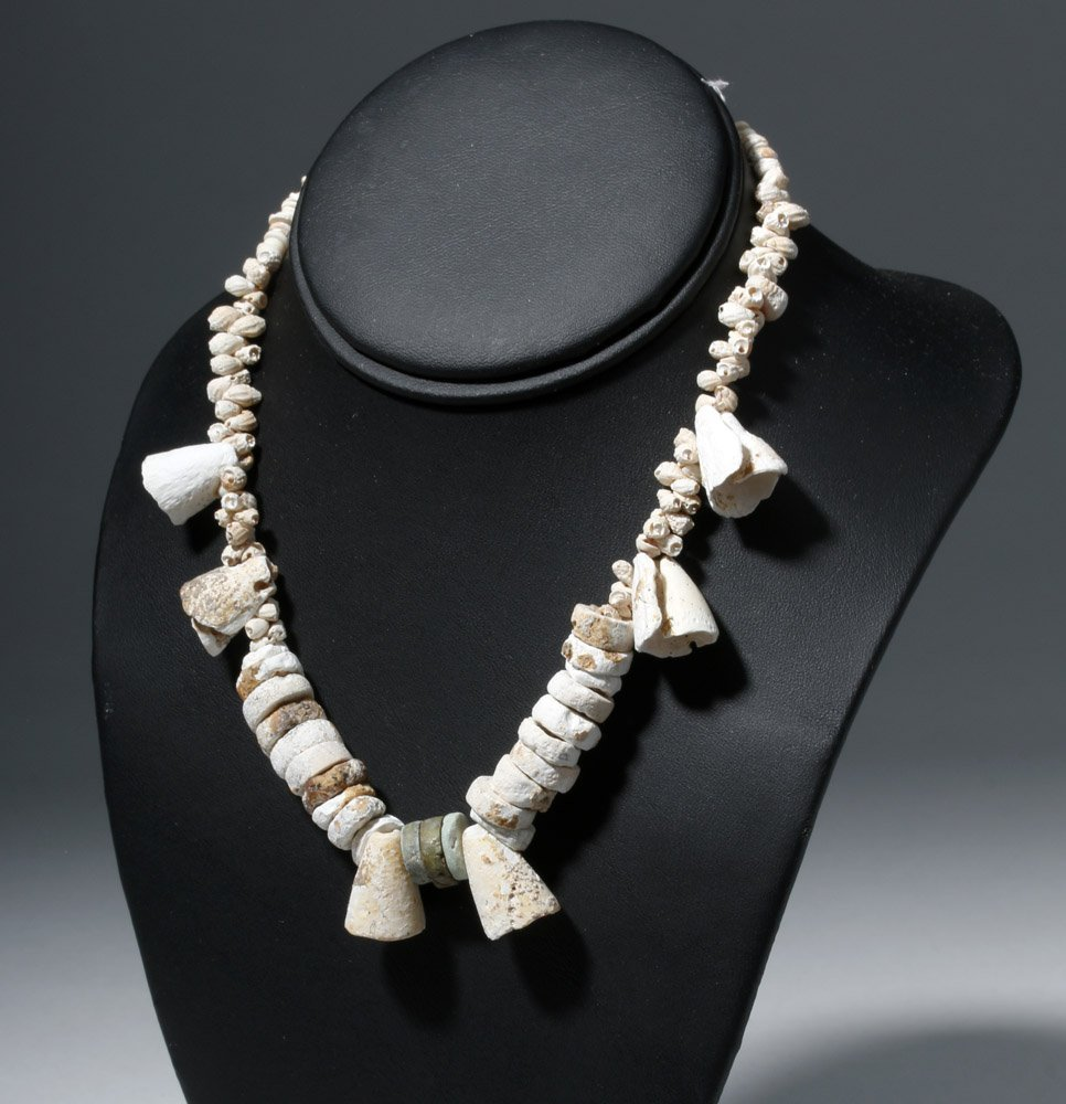 Museum Exhibited Pre-Columbian Toltec Shell Necklace